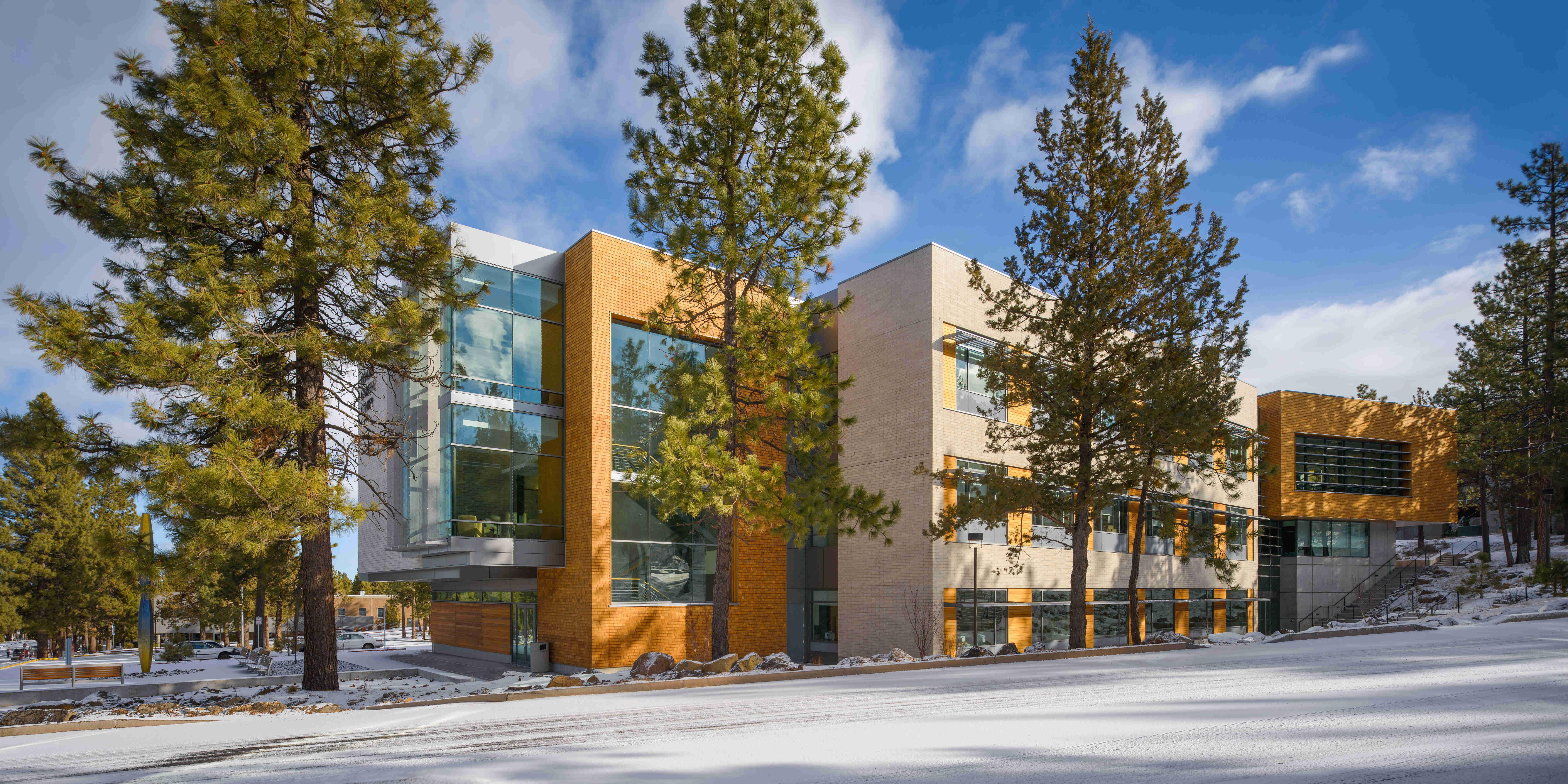 COCC Health- Moore Architecture + Design